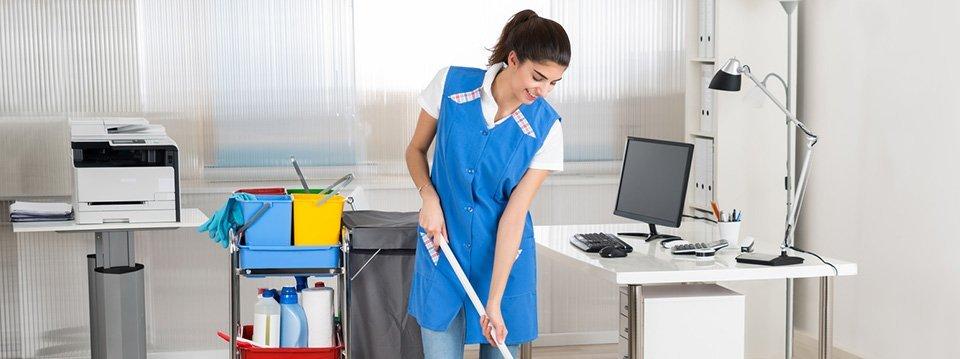 Le personnel d'Euroservices 06 peut nettoyer un bureau